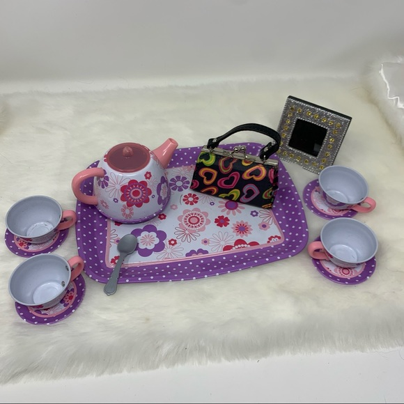 Fun mini items for young girl